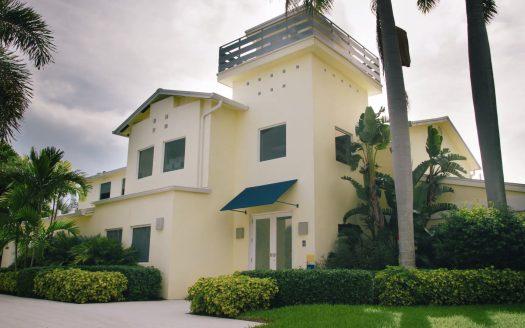 Frydman Residence, casas espectaculares filmadas con drones de última generación. ¡Vende, Compra y Alquila Tu Propiedad con REPLUS®!