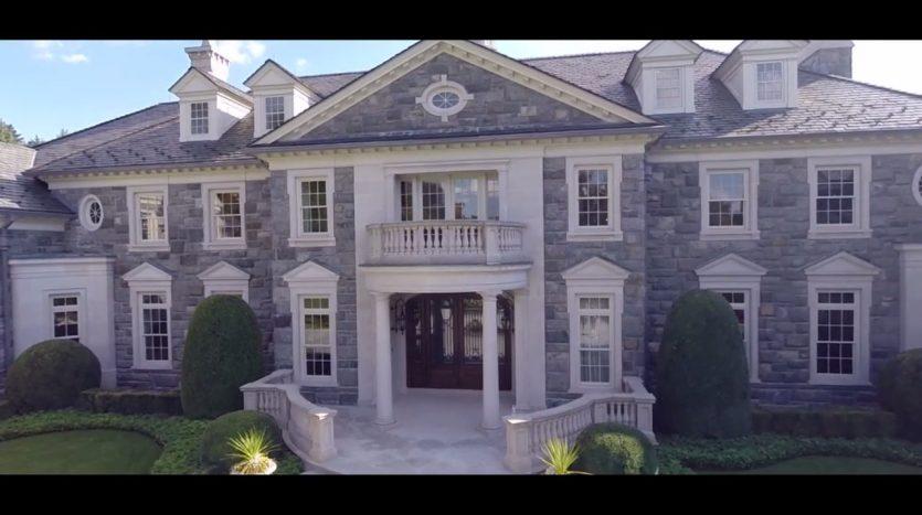 The Stone Mansion, casas espectaculares filmadas con drones de última generación. ¡Vende, Compra y Alquila Tu Propiedad con REPLUS®!